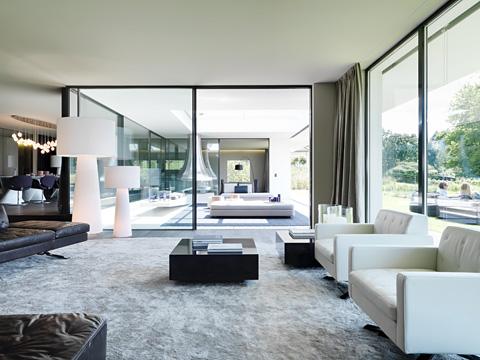 Die Wohngalerie Große Leuchten Ein Statement Im Raum