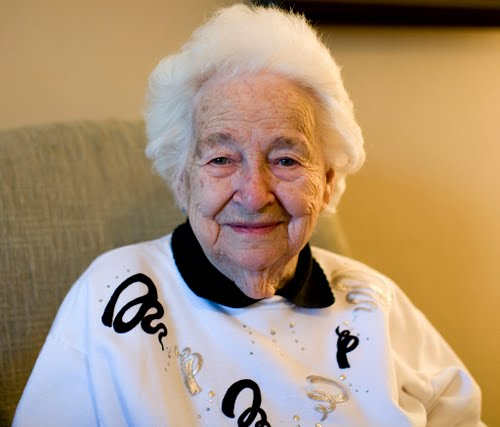 Image of: Portrait Mean Cute Little Old Granny Like This Confessions Of Cashier Confessions Of Cashier Evil Old People