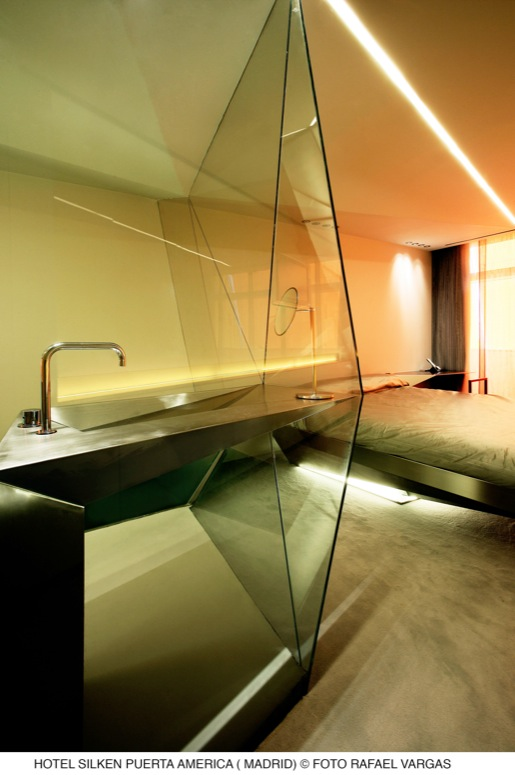 Myspace studio design hotel silken puerta america madrid for Hotel america madrid