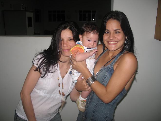 minha irmã e prima e lindissímosobrinho!