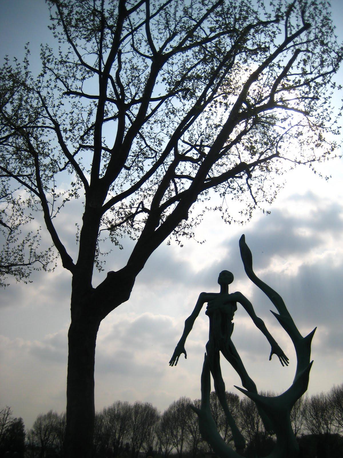 1 - voyage en cimetière dans 7 - Non mais cent blogs...