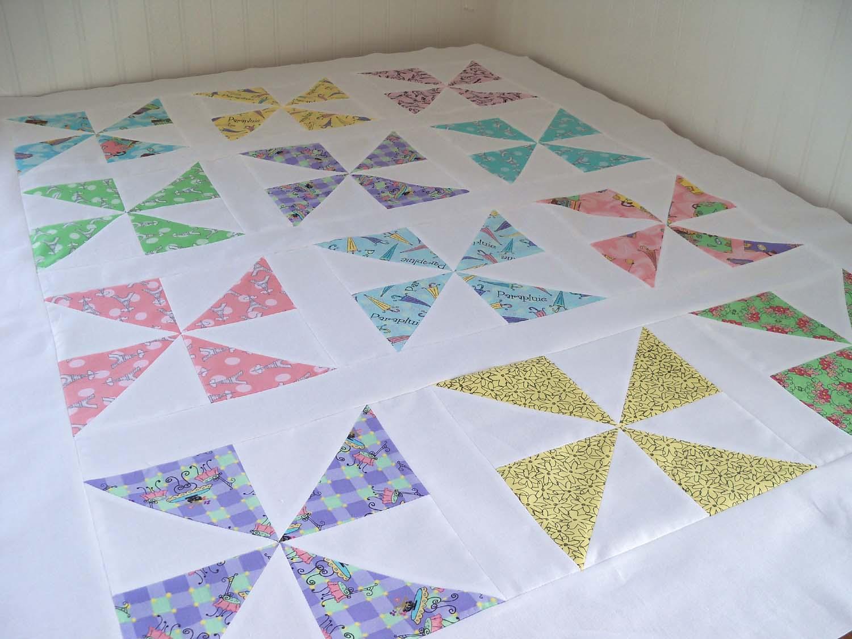 Sew Lovely: Pinwheel Quilt Top