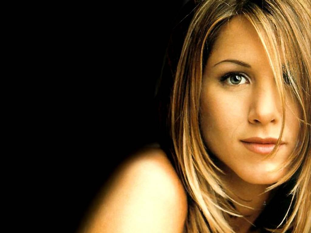http://3.bp.blogspot.com/_Q_MQFtopsfY/SUrUFQstVzI/AAAAAAAAMFA/zkKWzrz9uo0/s1600/Fullwalls.blogspot.com_Jennifer_Aniston%2882%29.jpg