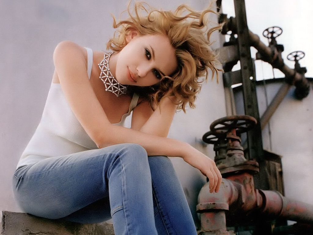 Scarlett Johansson Hairstyles Gallery, Long Hairstyle 2011, Hairstyle 2011, New Long Hairstyle 2011, Celebrity Long Hairstyles 2033