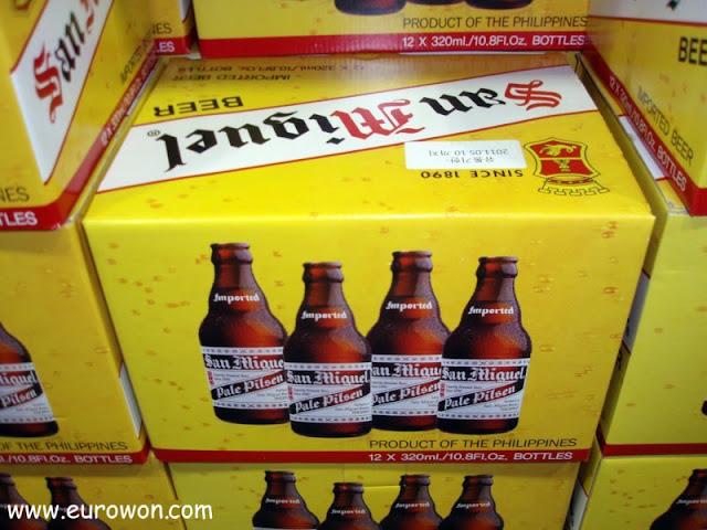 Cajas de cerveza San Miguel