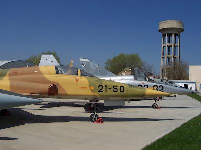 Cazas F-5 en el Museo del Aire