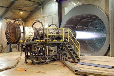 Ensayo de un motor Pratt and Whitney en la Base Robins de la USAF, Georgia, USA