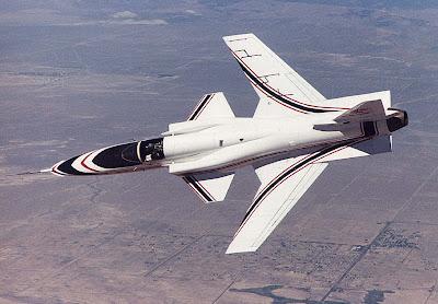 Avión experimental de flecha invertida Grumman X-29