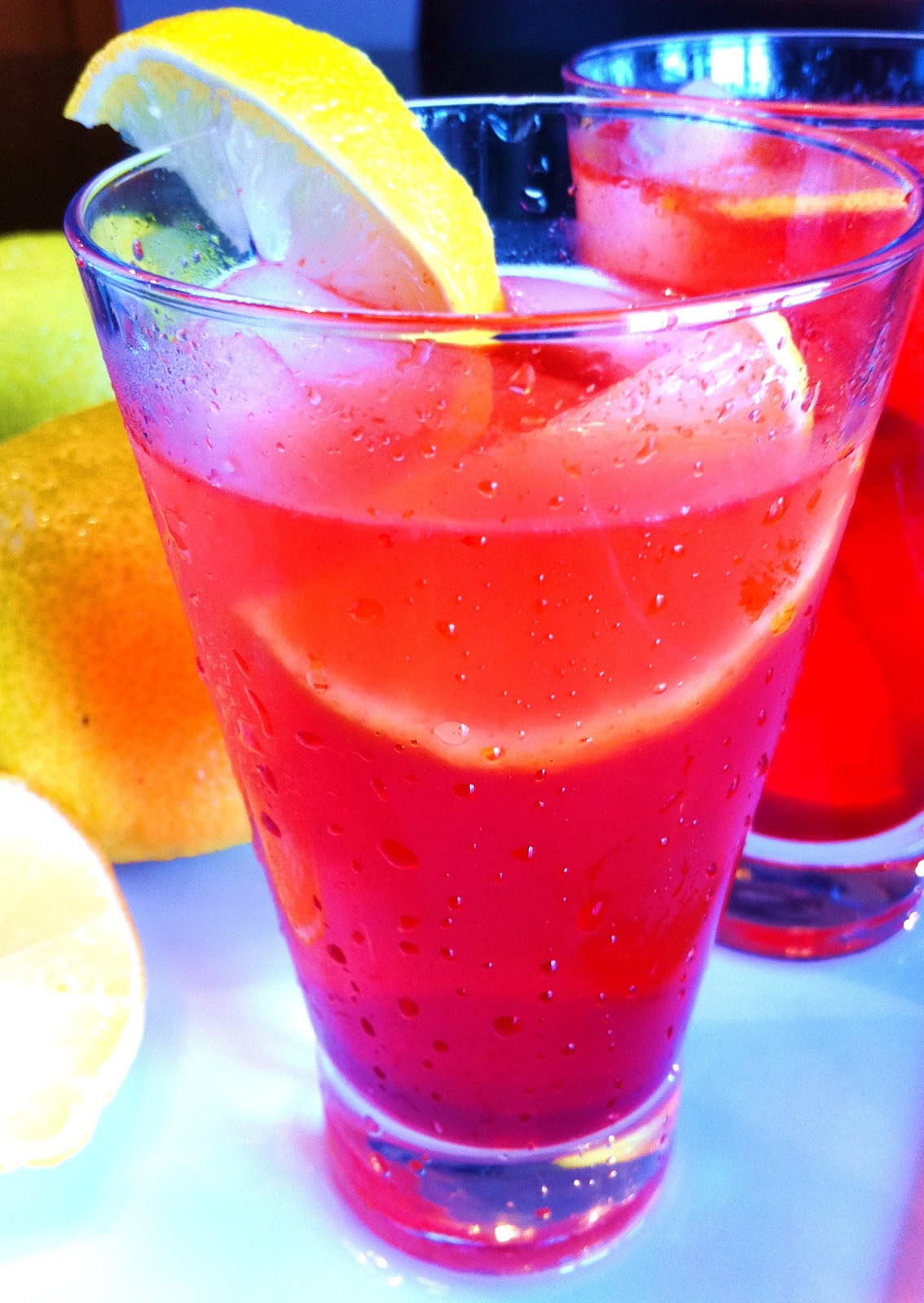 Cooking The Amazing: STRAWBERRY LEMONADE