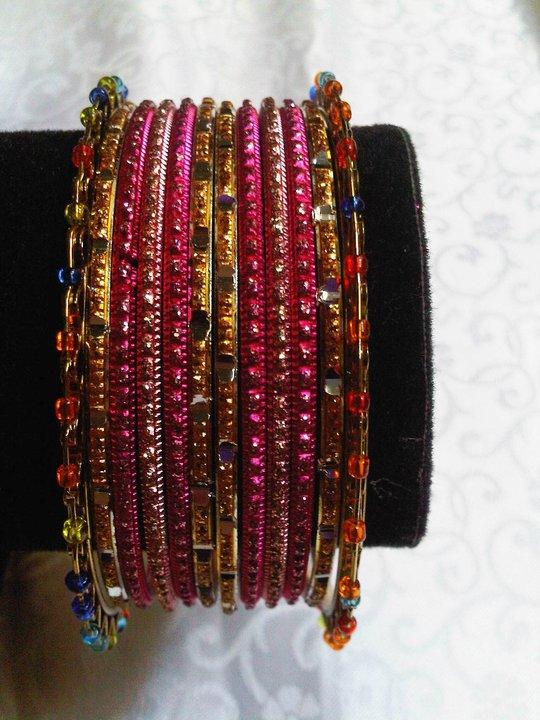 Shop Saree KUMPULAN PERNAK PERNIK INDIA
