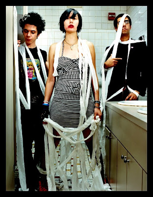 yeah yeah yeahs wallpaper. THE YEAH YEAH YEAHS new album !