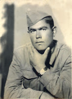 Düzeltilmiş Eski Siyah Beyaz Asker Askerlik Fotoğrafı