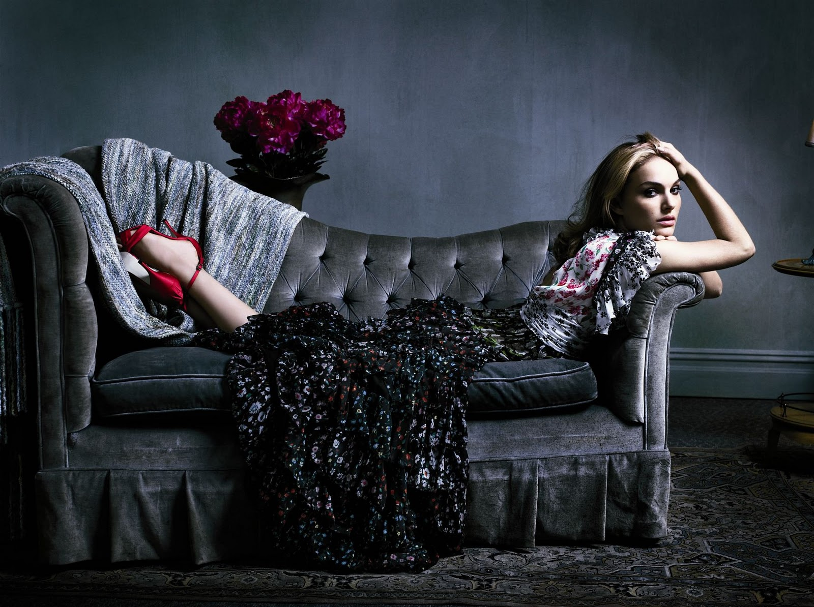 http://3.bp.blogspot.com/_QhQHrMXYV40/TMHp1ghGRLI/AAAAAAAAAJM/cd1YHRrdA18/s1600/natalie_portman_marie_claire05.jpg