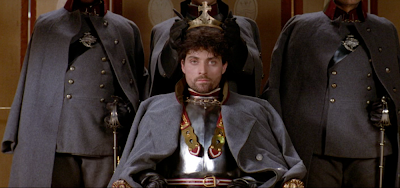 hamlet play ending vs mel gibson movie ending Hamlet by mel gibson (1990) and kenneth branagh (1996) interpret  taking  over the throne in denmark near the end of the play and is considered an  element of war  gibson and branagh in the movie versions of shakespeare's  hamlet.