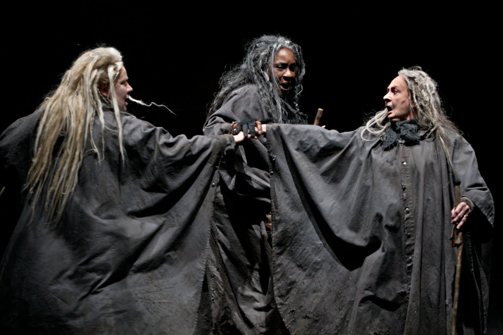 macbeth te realms of evil Their influence reaches the literary realm as well in such the three witches represent evil the three witches of macbeth have inspired several painters.