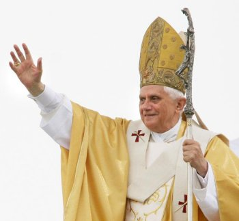 El Papa dejará sin vacaciones al Presidente del Gobierno