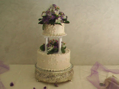 Irish Wedding Cake 10 Round cake golden butter with almond flavored