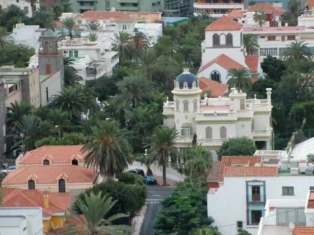 Mansion en ciudad jardin en las palmas de gran canaria for Instituto ciudad jardin