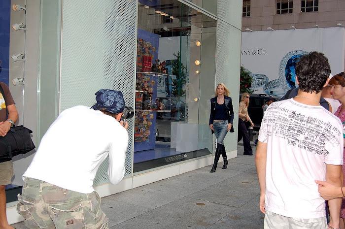la moda en las veredas de  la 5th Ave