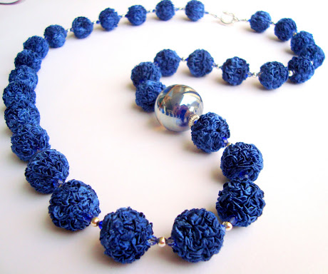 Collar Blue and Glass
