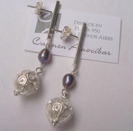 Aretes esferas filigrana y perlas