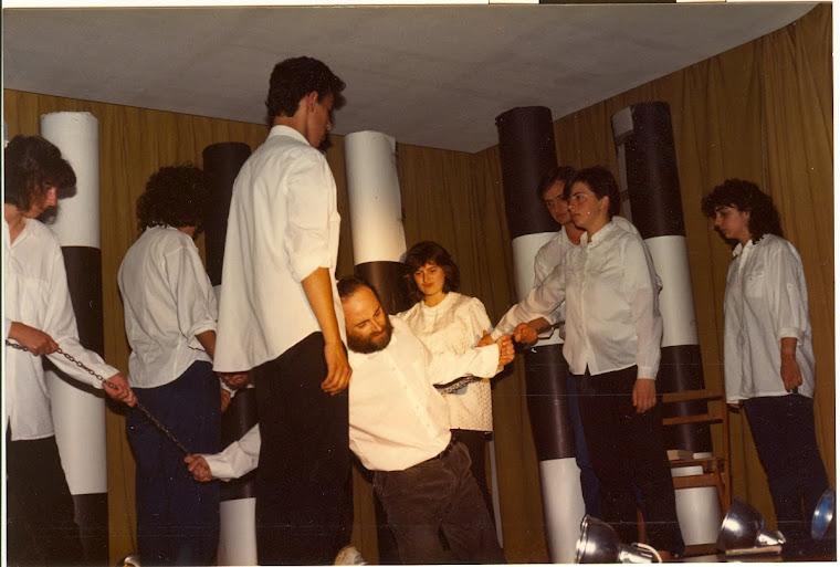 "Melpómene y Thánatos 39 -1987. GET ""Pérez Comendador"""