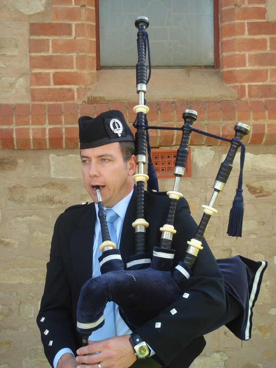 Learn How to Play the Bagpipes : Beginner Lessons : How to ...