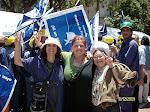 http://3.bp.blogspot.com/_Qo18luynrGQ/S0Yocewpz4I/AAAAAAAACQg/OOV6ucOC2f0/S150/radio+Abierta-Madres-15-12-09+Apoyo+a+Cristina-Plaza+de+Mayo+049.jpg