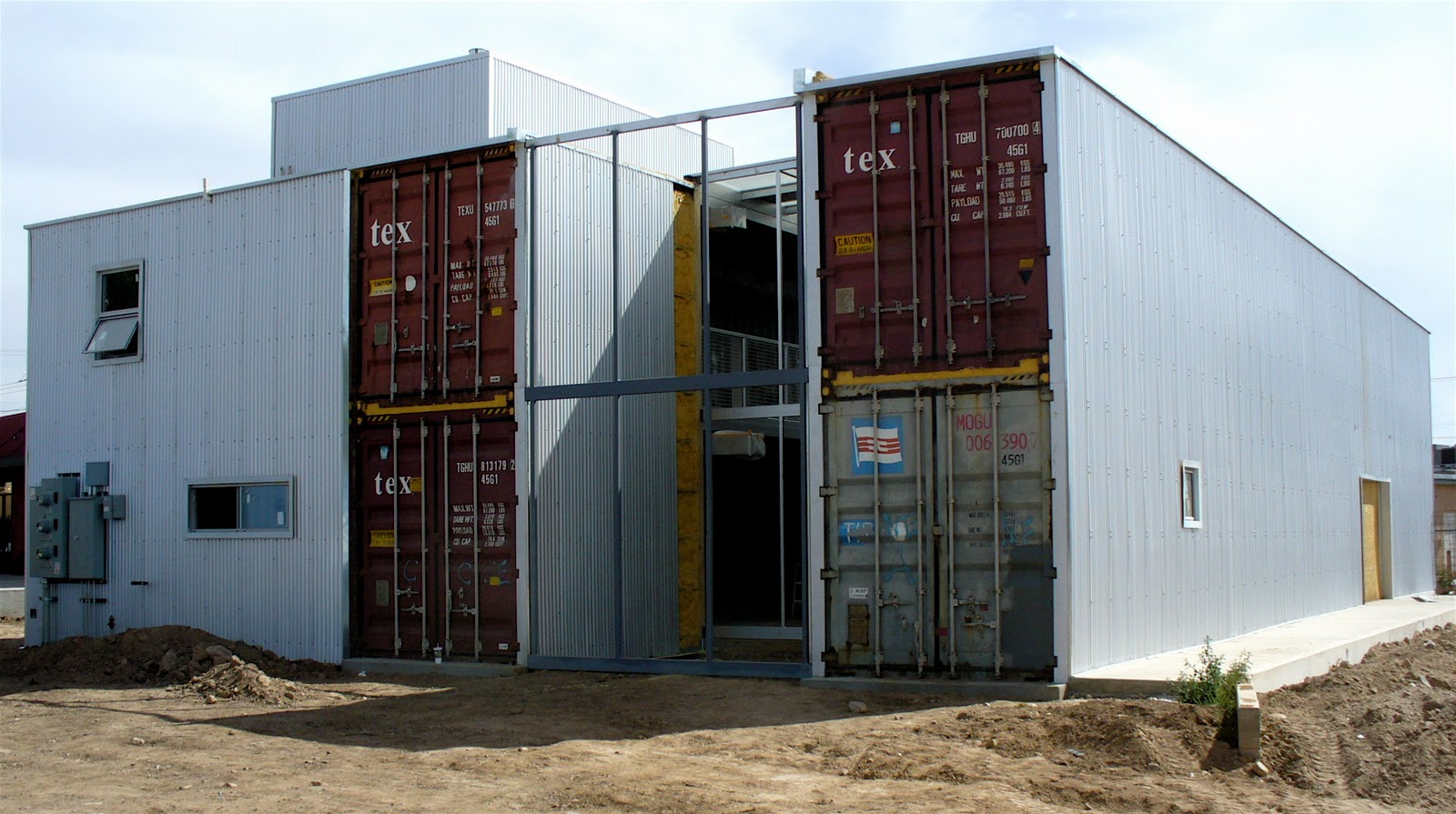 Shipping Container Building Designs 1600 x 895