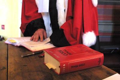 Le blog de Jean-Pierre Martin, un petit cadre dans une grosse boiboite: Le procureur de la ...
