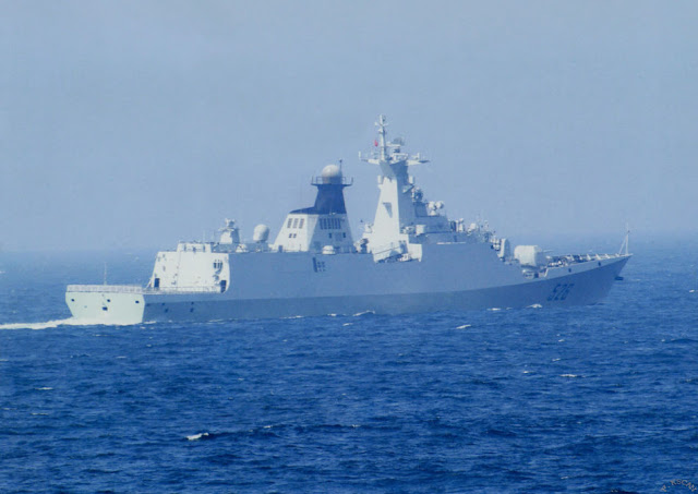 Chinese naval stealth missile boats and new stealth destroyer appeared the East China Sea exercises