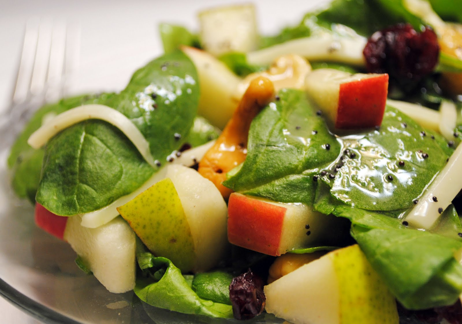 Apple Pear Salad With Lemon Poppy Seed Dressing