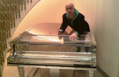 Entertainment unique pianos around the world for Piani domestici contempory