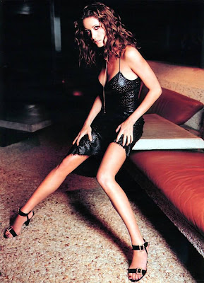 Sexy Shannon Elizabeth Picture gallery