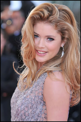 Doutzen Kroes sexy & hots photo gallery