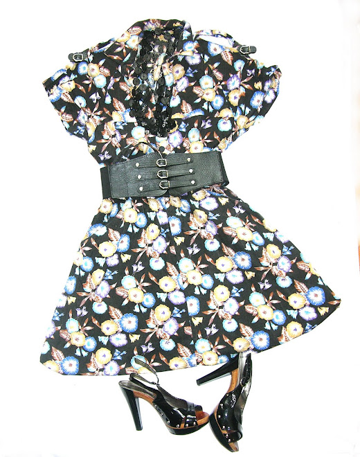 rochie tip camasa cu epoleti si nasturi pana in talie