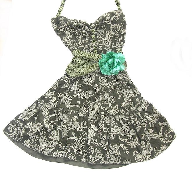 rochie din catifea raiata