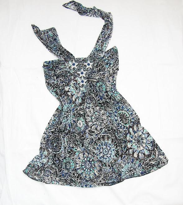 rochie din satin elastic turcoaz alb negru
