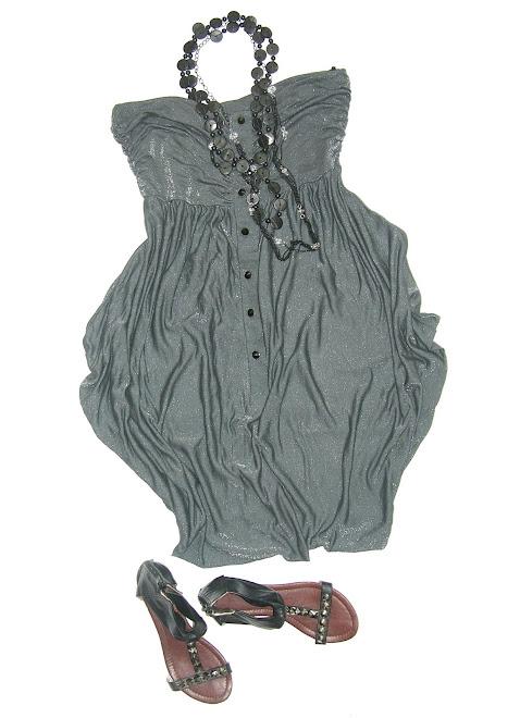 rochie din material fluid cu reflexe argintii