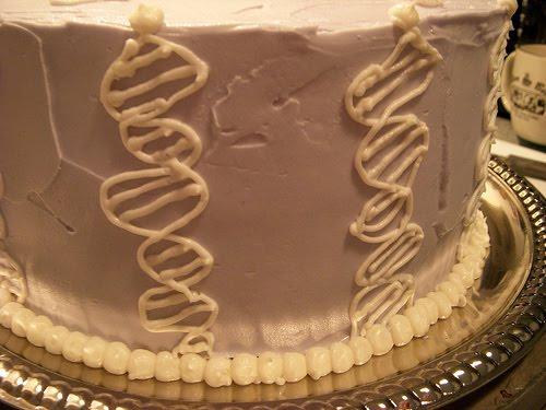 [DNA+cake]