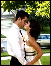 Wedding Kiss sexy dress Photo