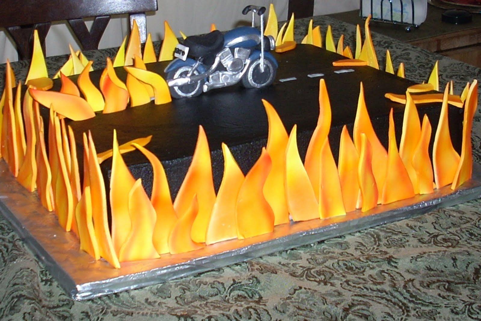 Harley Davidson Heritage Softail Cake Zoom Zoom