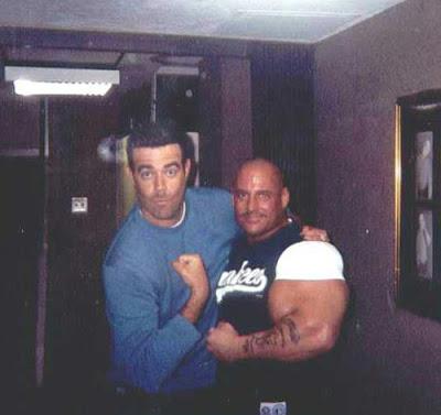 最大的手臂 - 世界上最大的手臂
