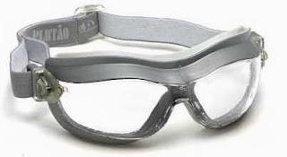 9ab40e5aa9f8d Ele ressalta que os óculos de proteção previnem até 90% dos acidentes de  trabalho
