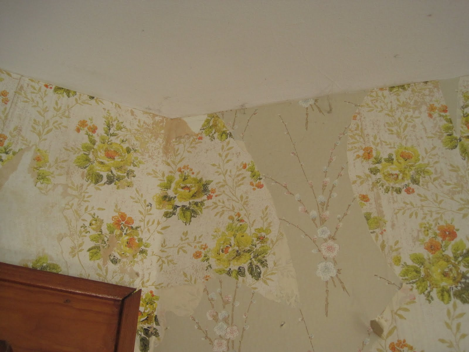 how to remove wallpaper with fabric softener and water