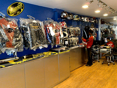 Joe Rocket India Showroom