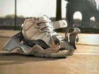 Neill: Blomkamp: Nike Evolution Advert