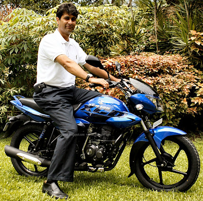 Bajaj XCD 125 with Rajeev Bajaj