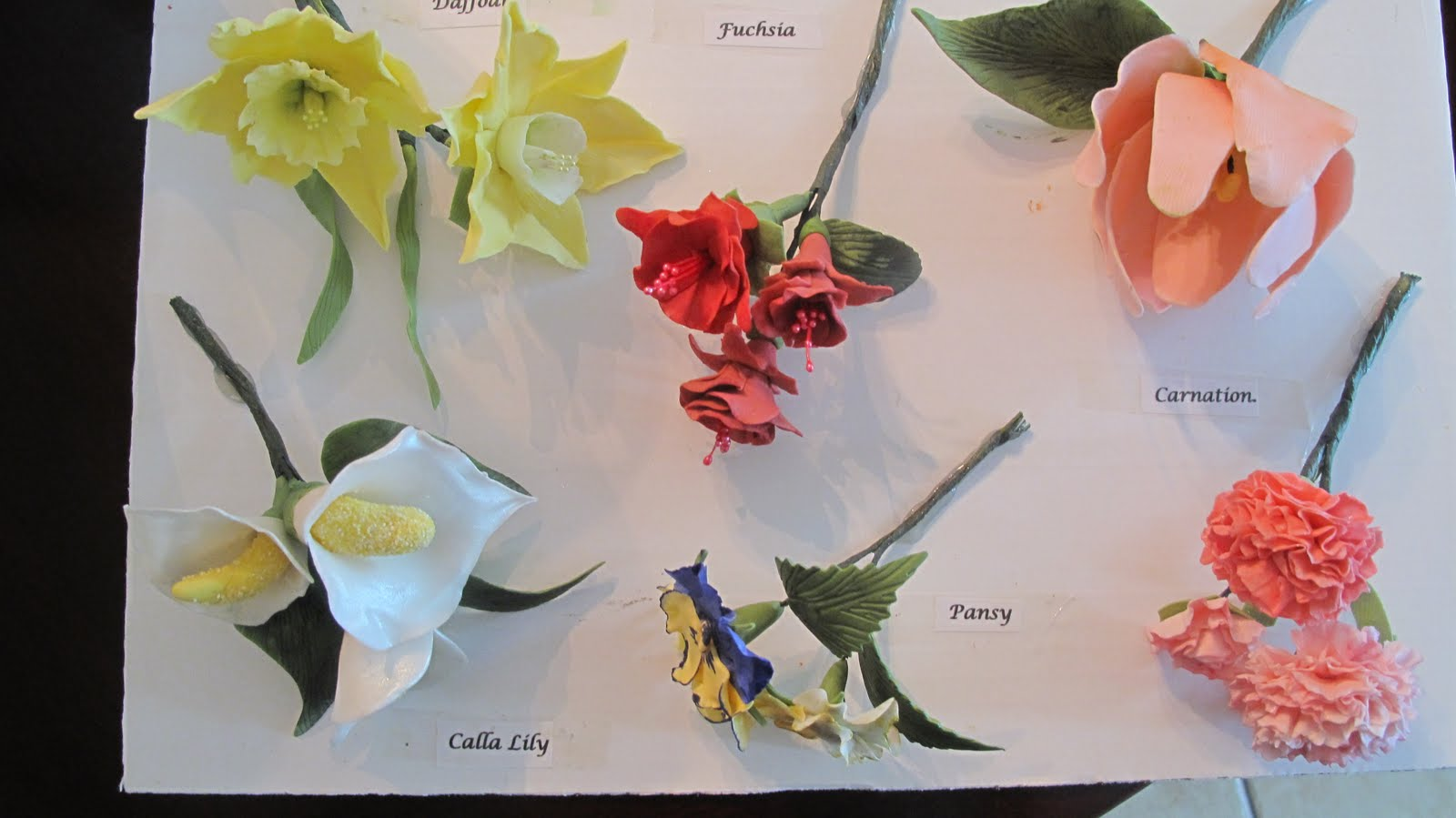 Pin Advanced Gum Paste Flowers Course 4 Cake on Pinterest
