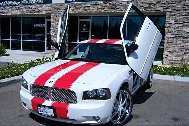Hot Cars Modified Car Charger White Red Stripes Custom Interior